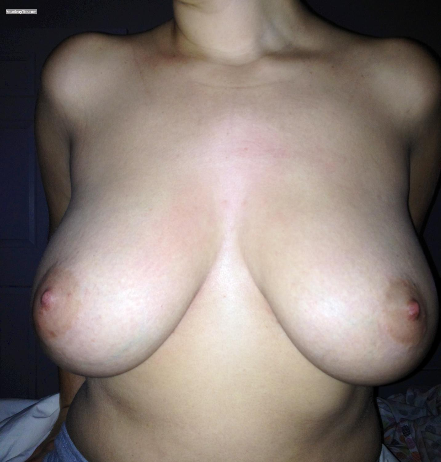 Tit Flash: Big Tits By IPhone - Jut Me from United States